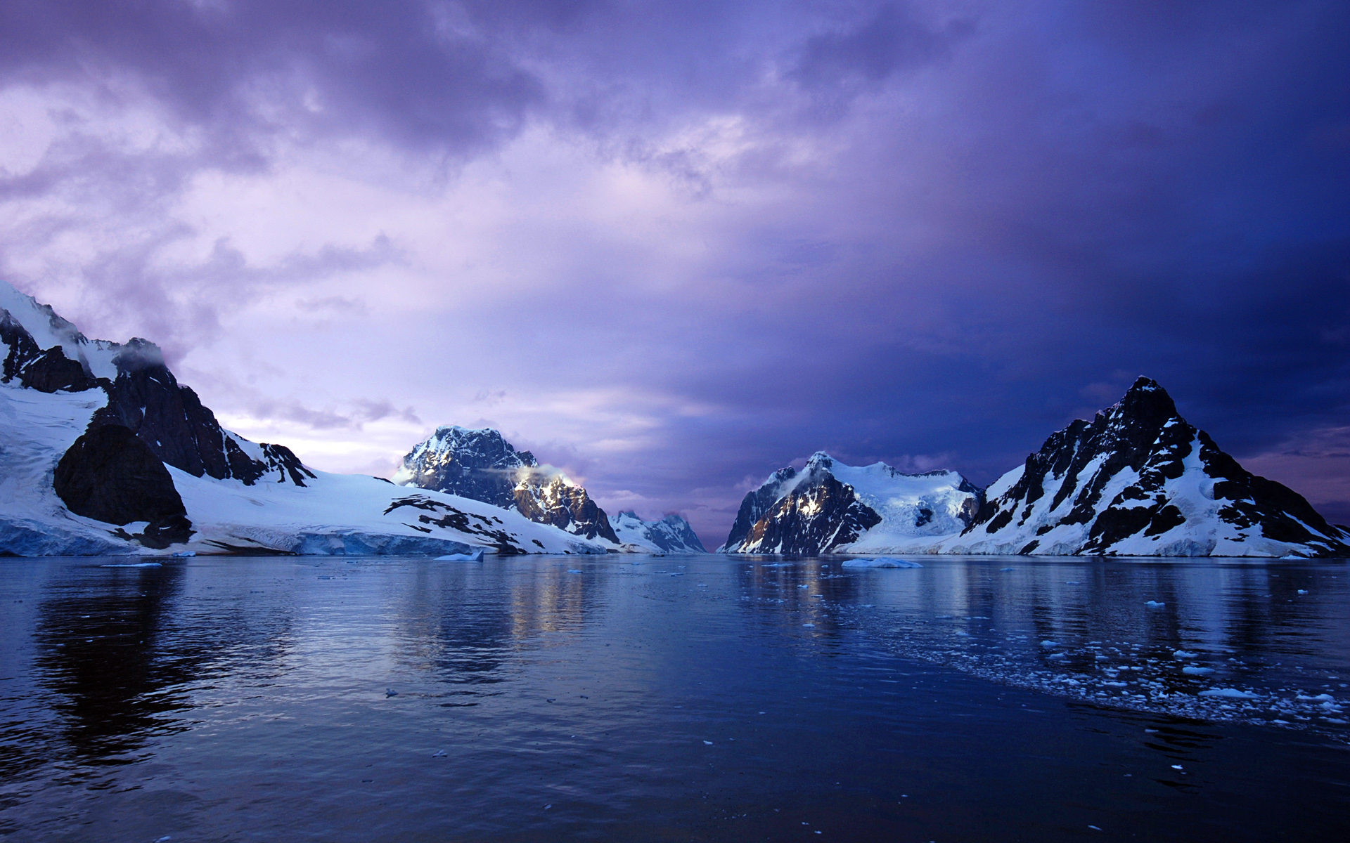 Atka Bay, Weddell Sea, Antarctica скачать