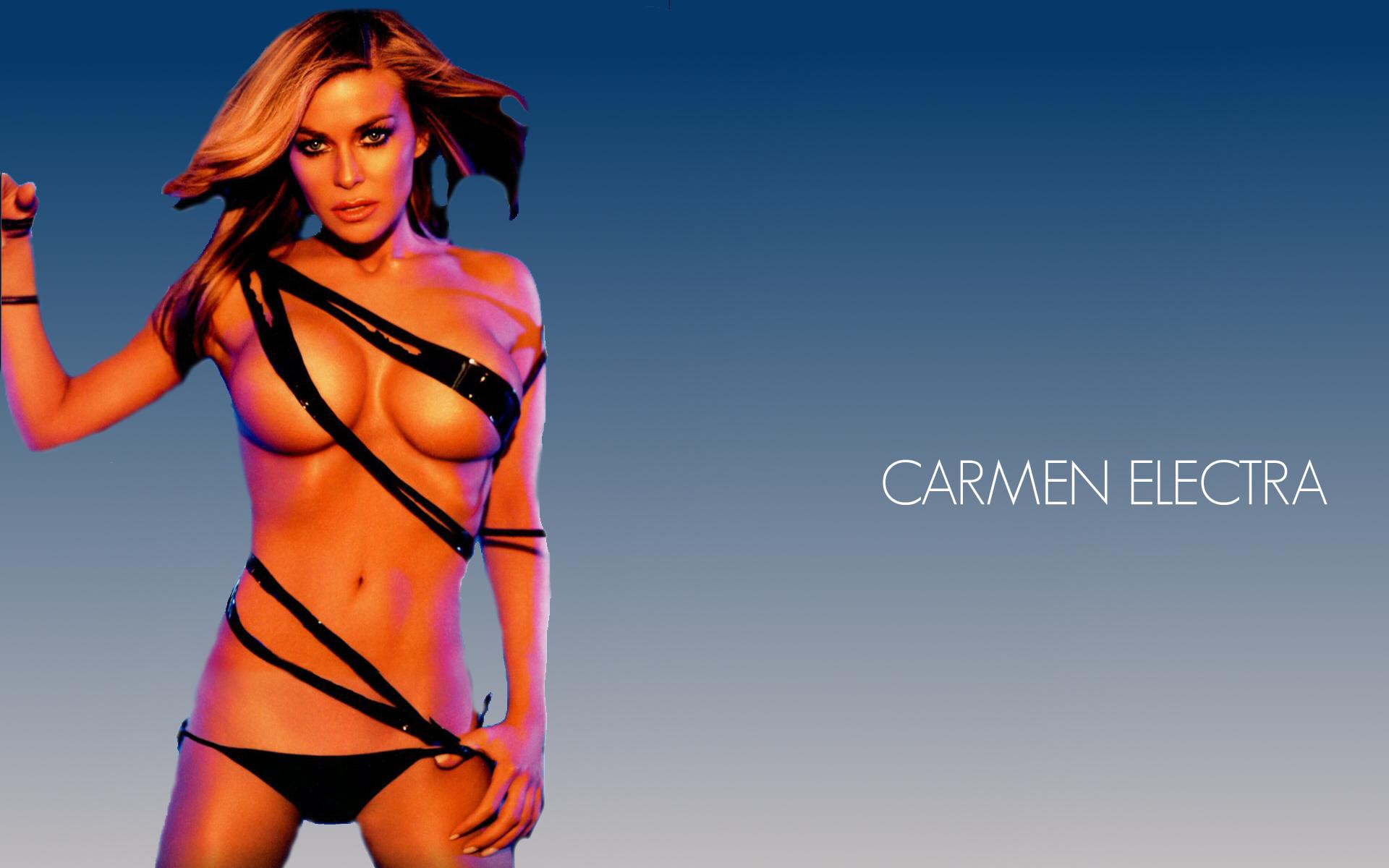 Carmen electra look