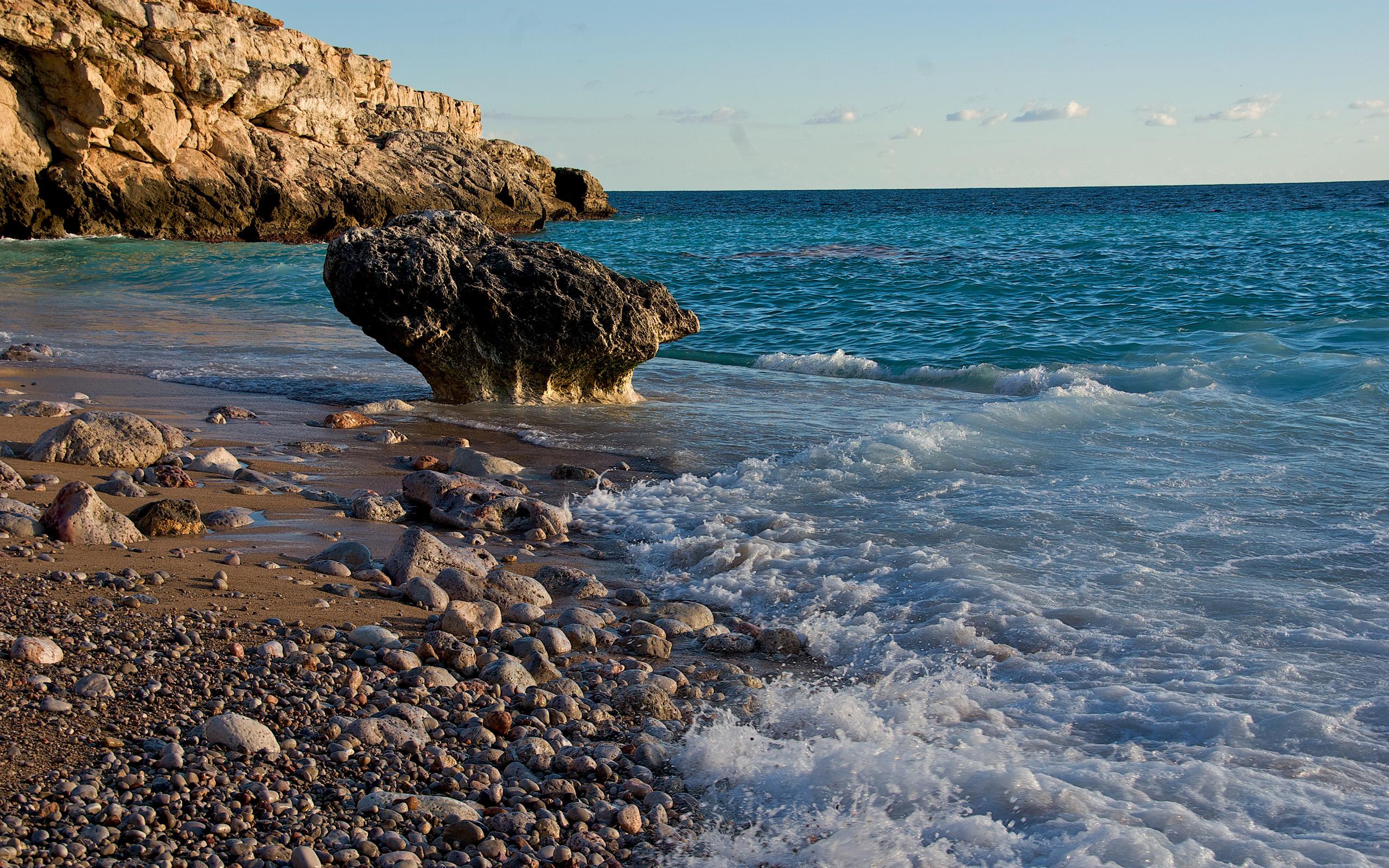 Камни пляж берег море бесплатно