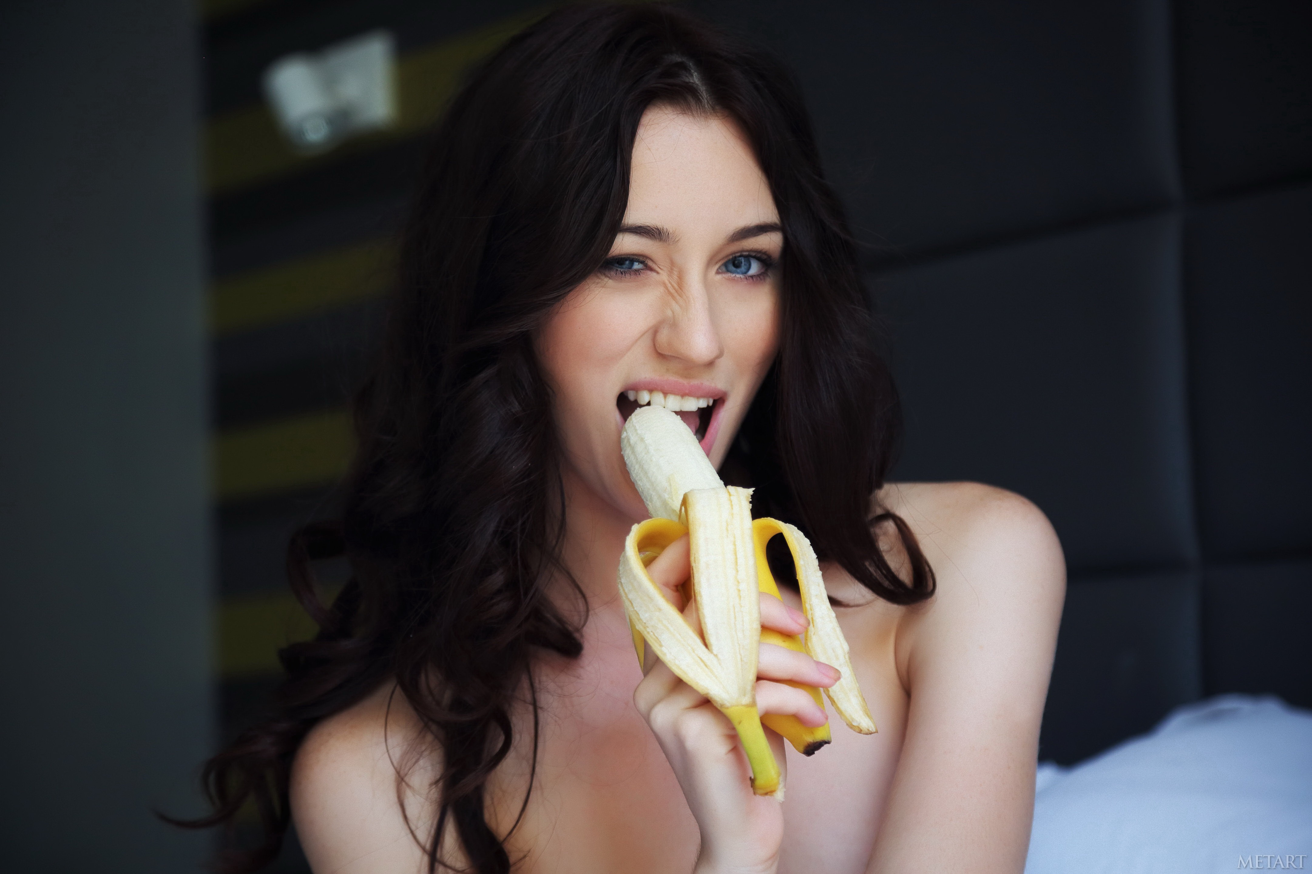 Картинки с бананом во рту, картинки