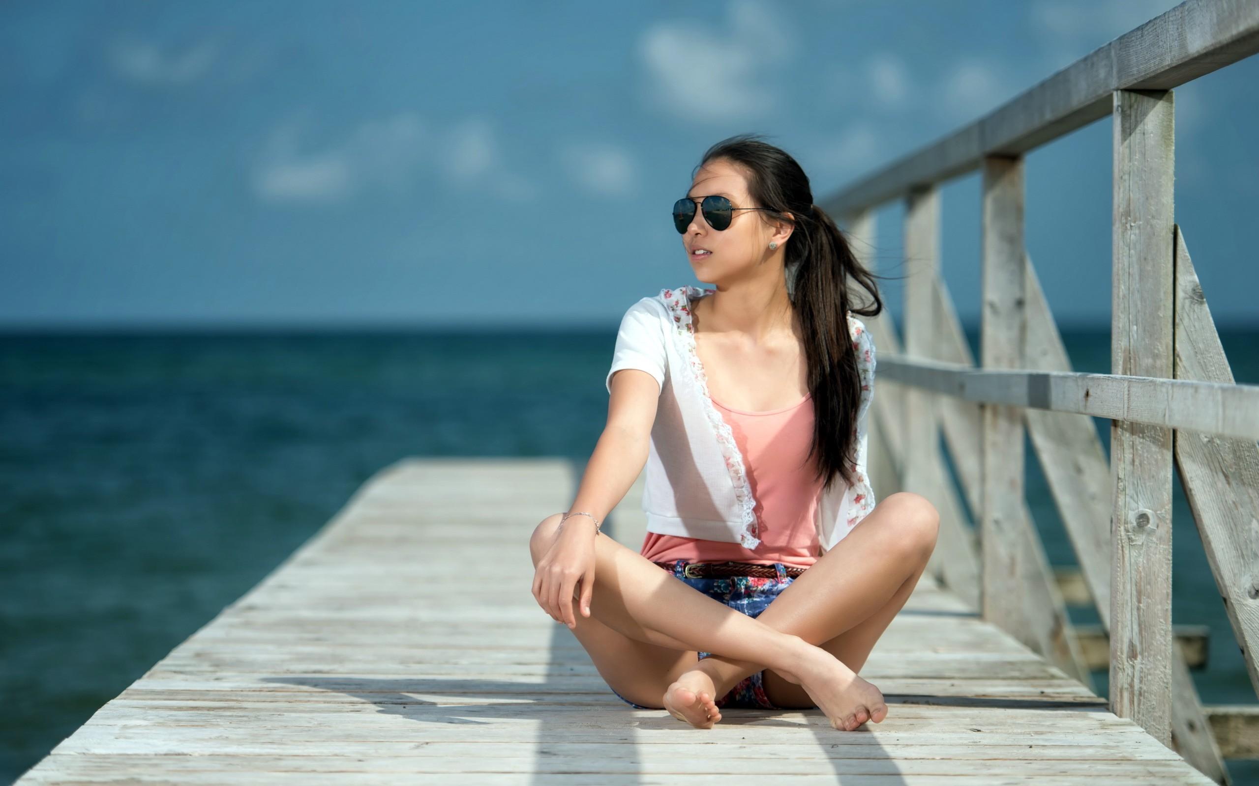 Днем, картинки лето девушки море