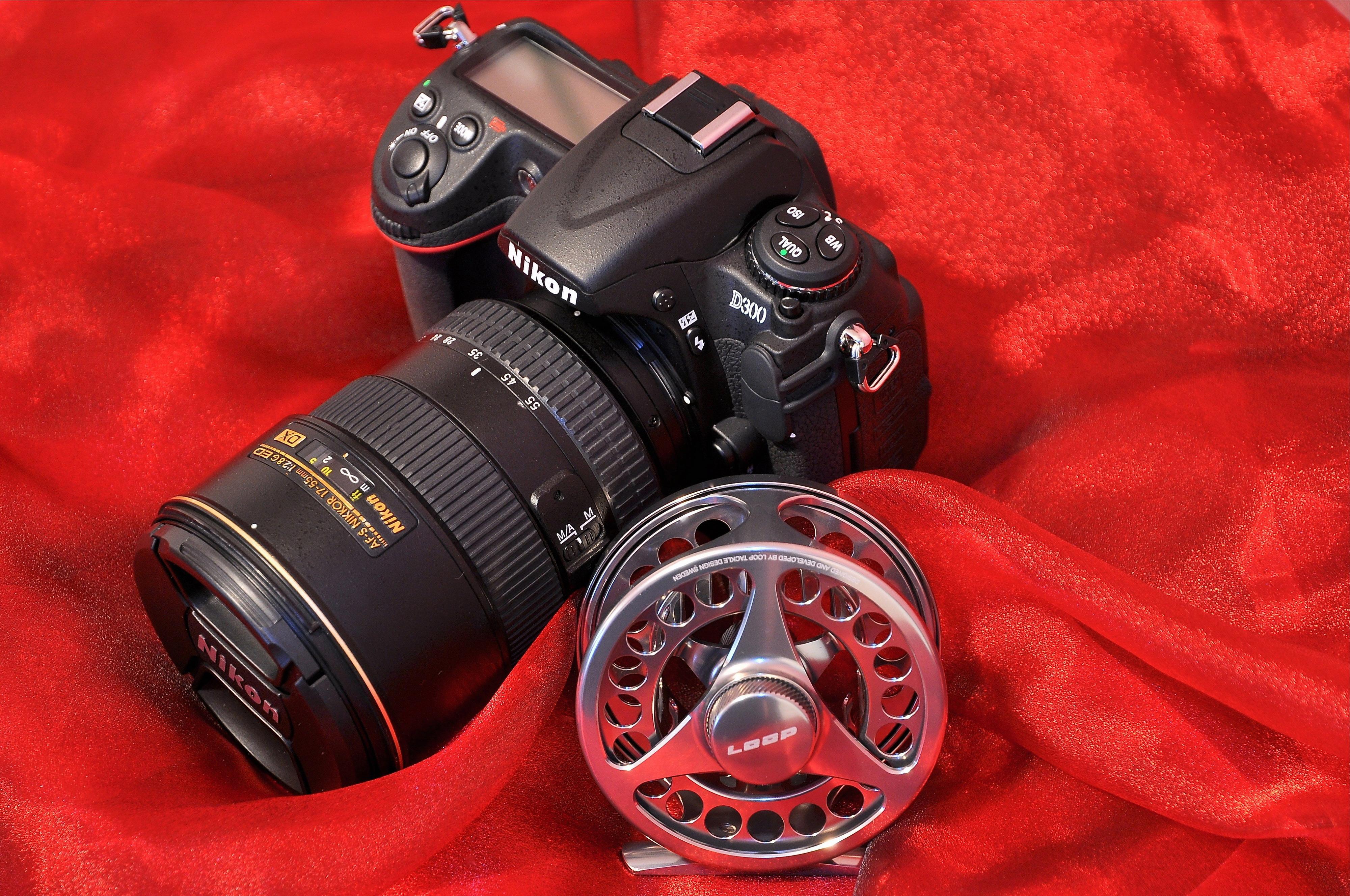 Фотоаппарат Nikon старый  № 3624488  скачать