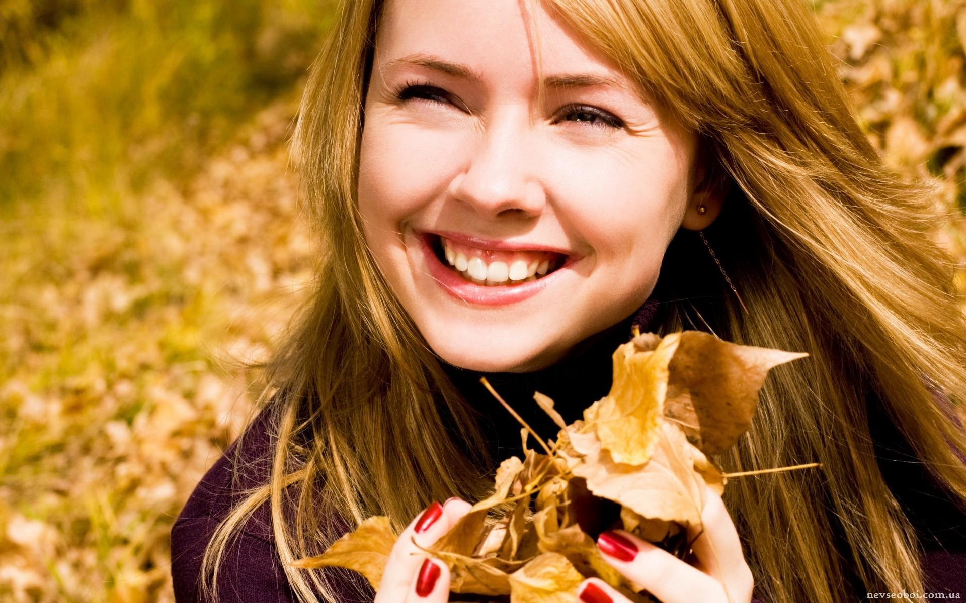 девушка взгляд лицо осень скачать