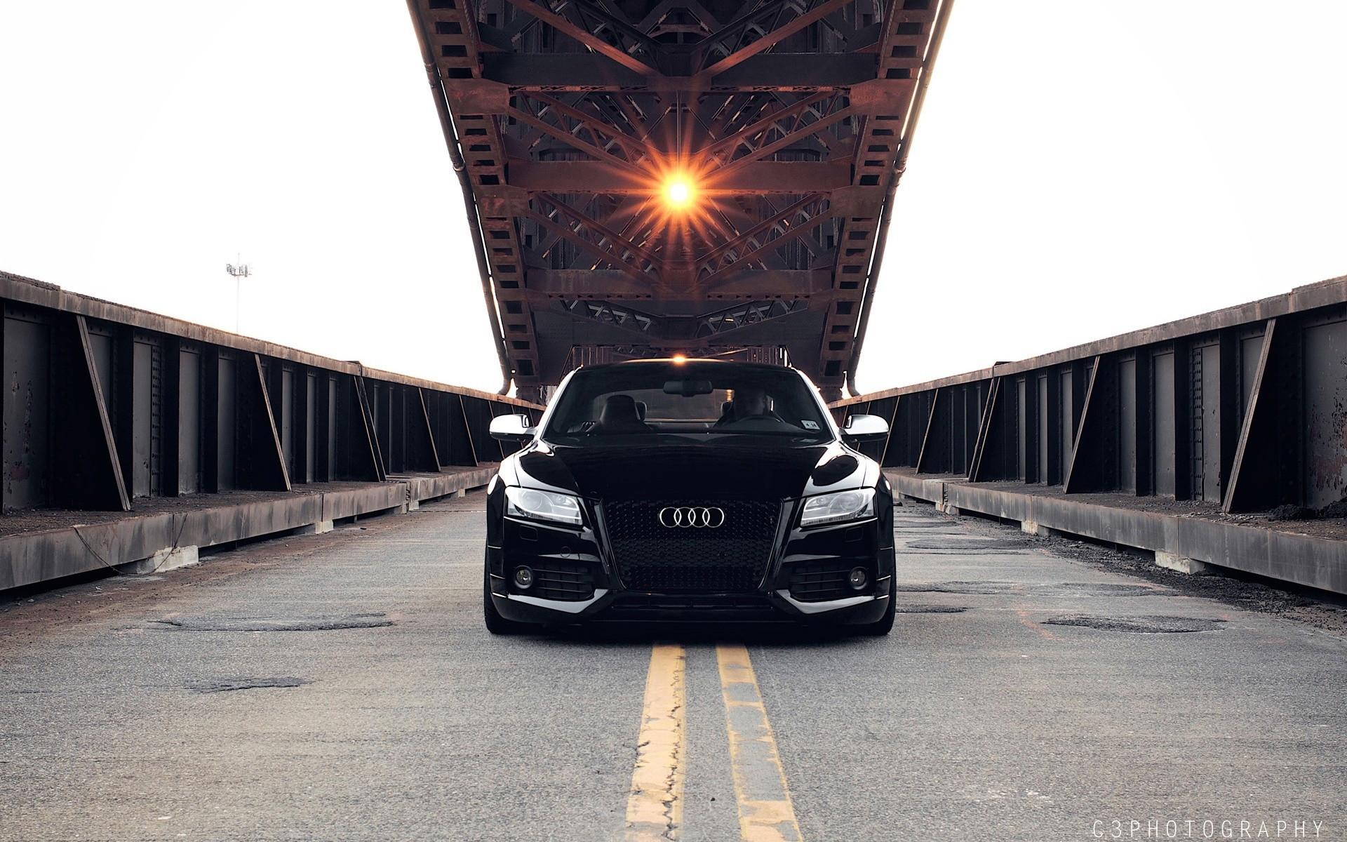 черный автомобиль Audi RS 5  № 3425067 бесплатно