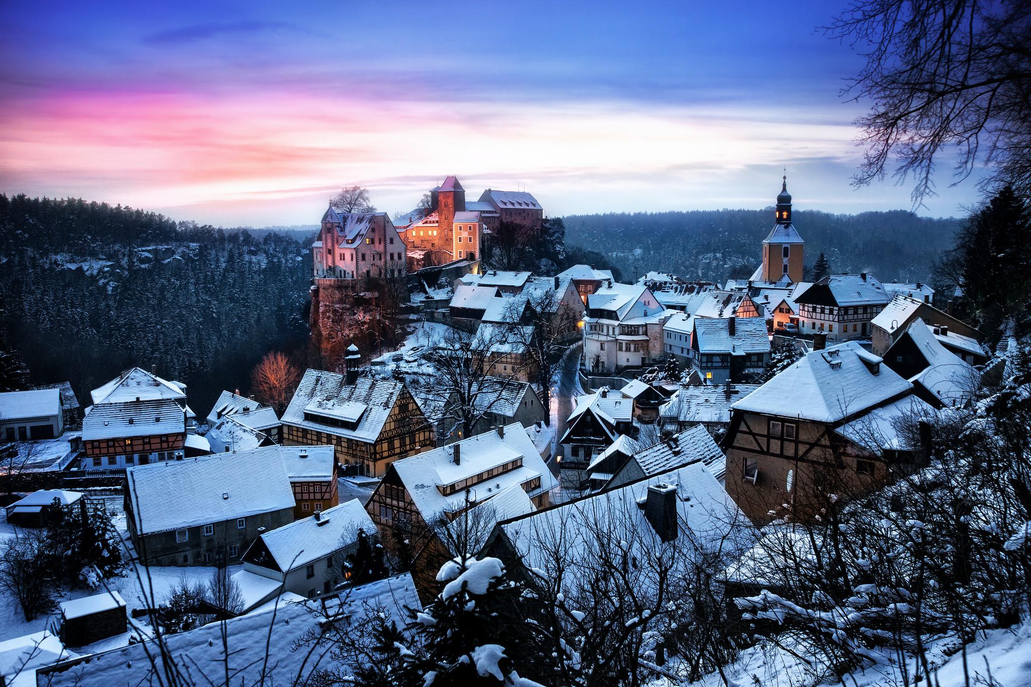 Замок швейцария вечер  № 2569358  скачать