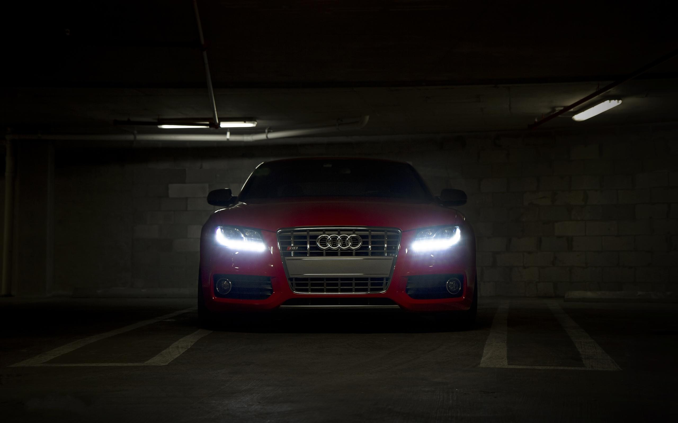 Audi S5 здание освещение  № 2217104 без смс