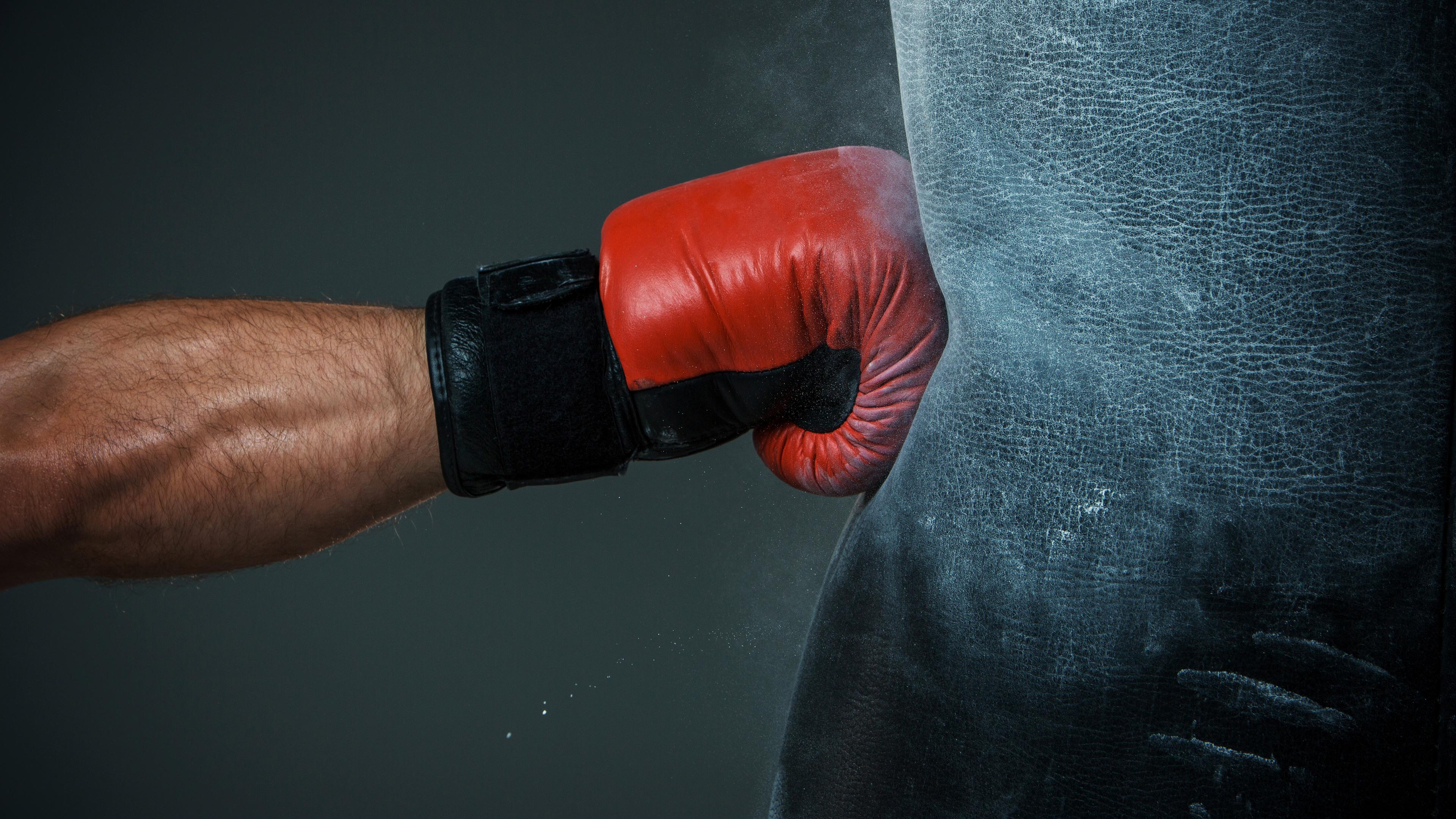 Удар бокс без смс