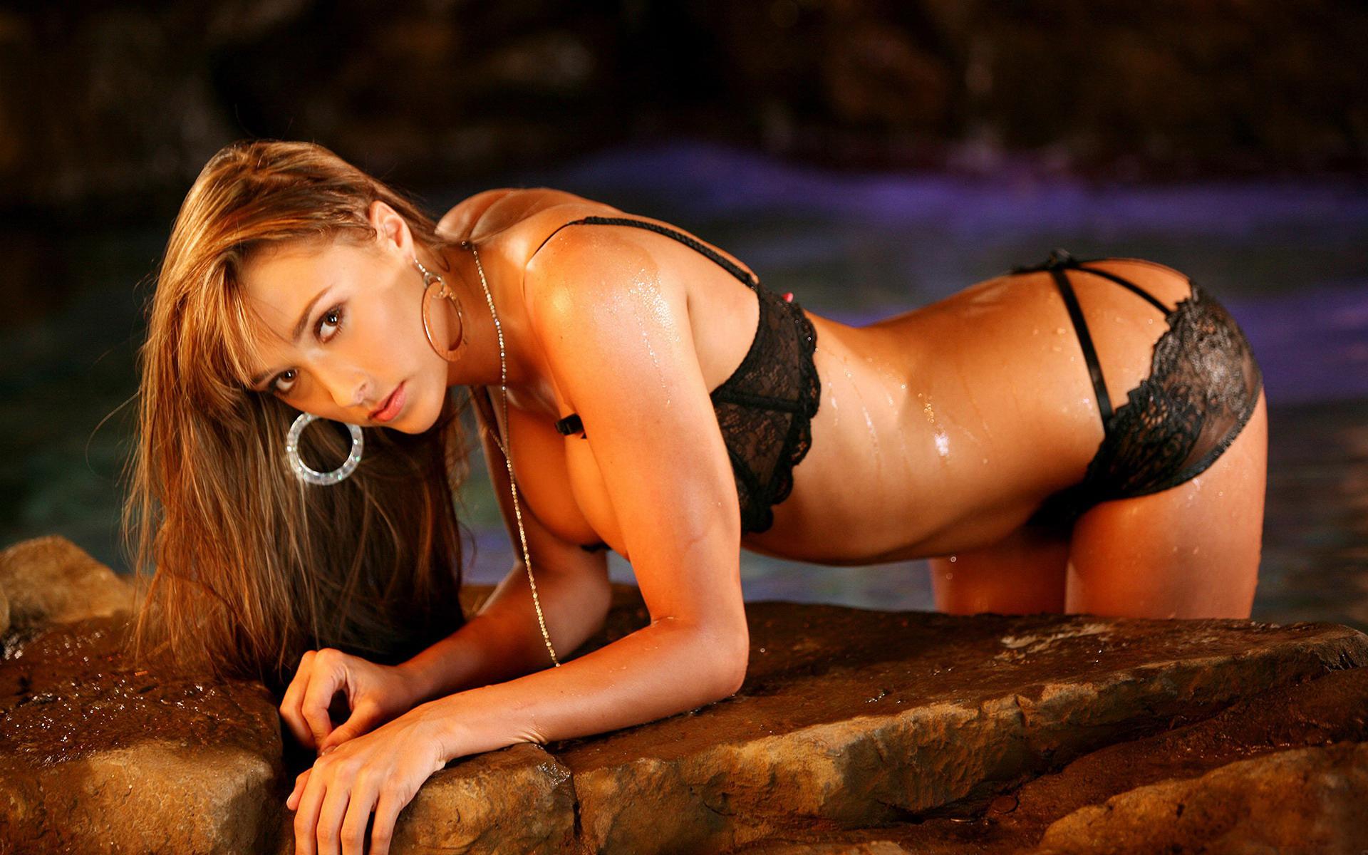 Секси фигурка онлайн 2 фотография