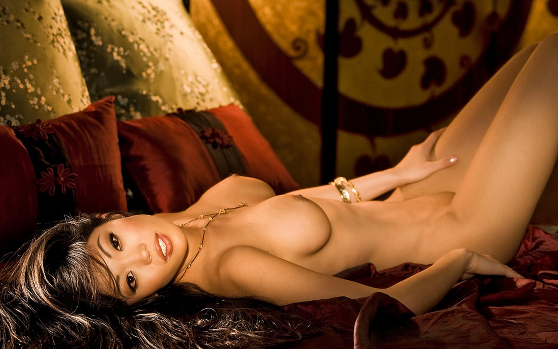 Kim devaney nude