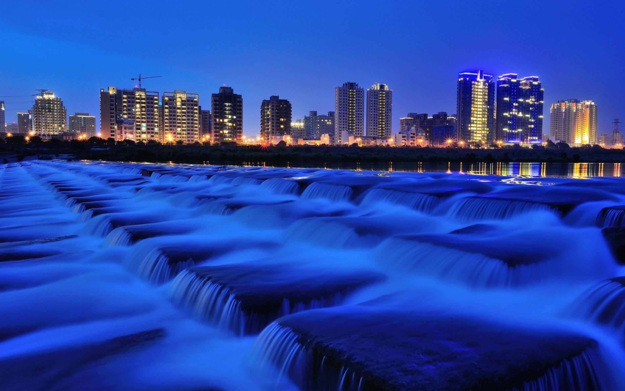 фонтан город сумерки fountain the city twilight скачать