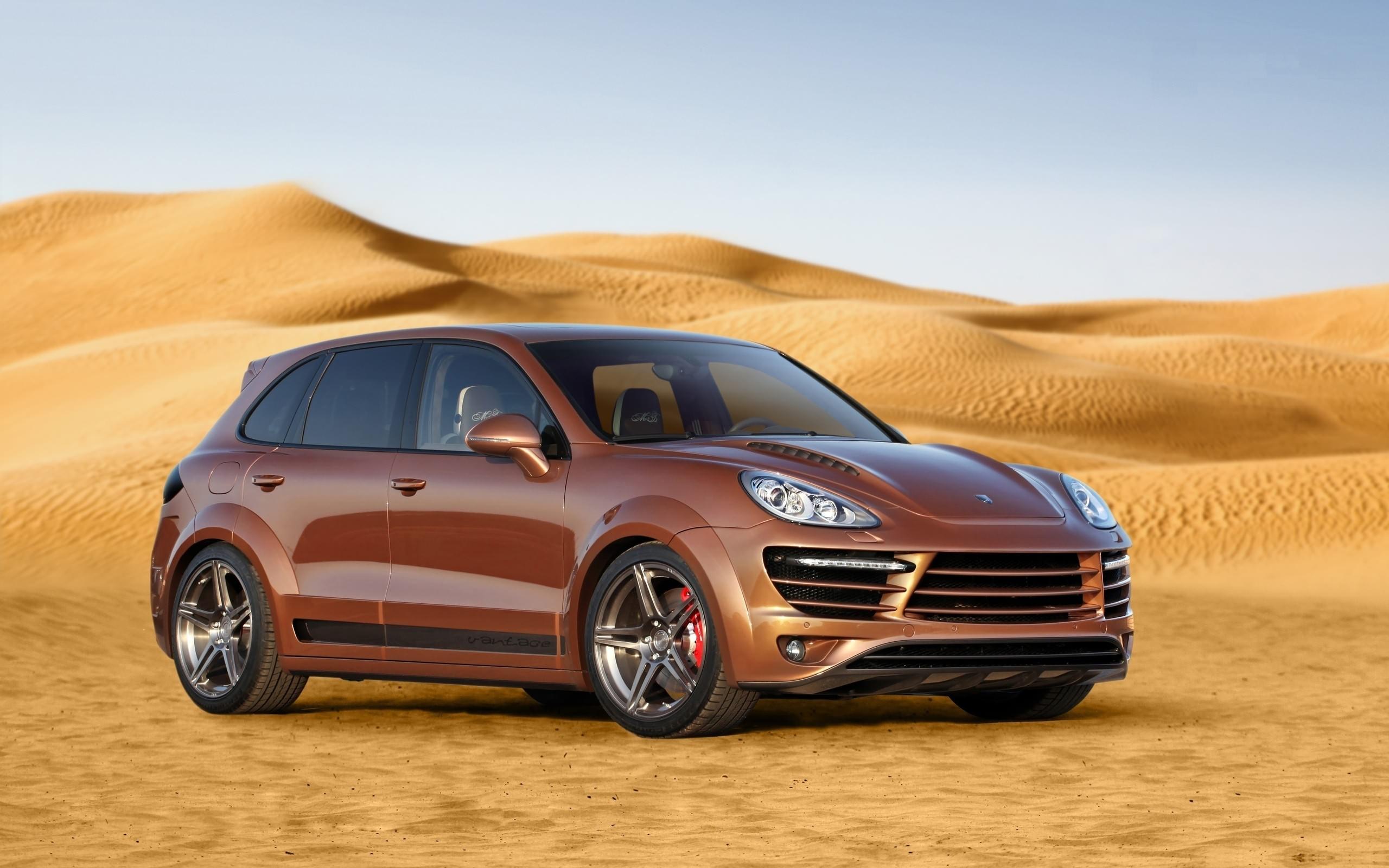 Красный Porsche Cayenne загрузить