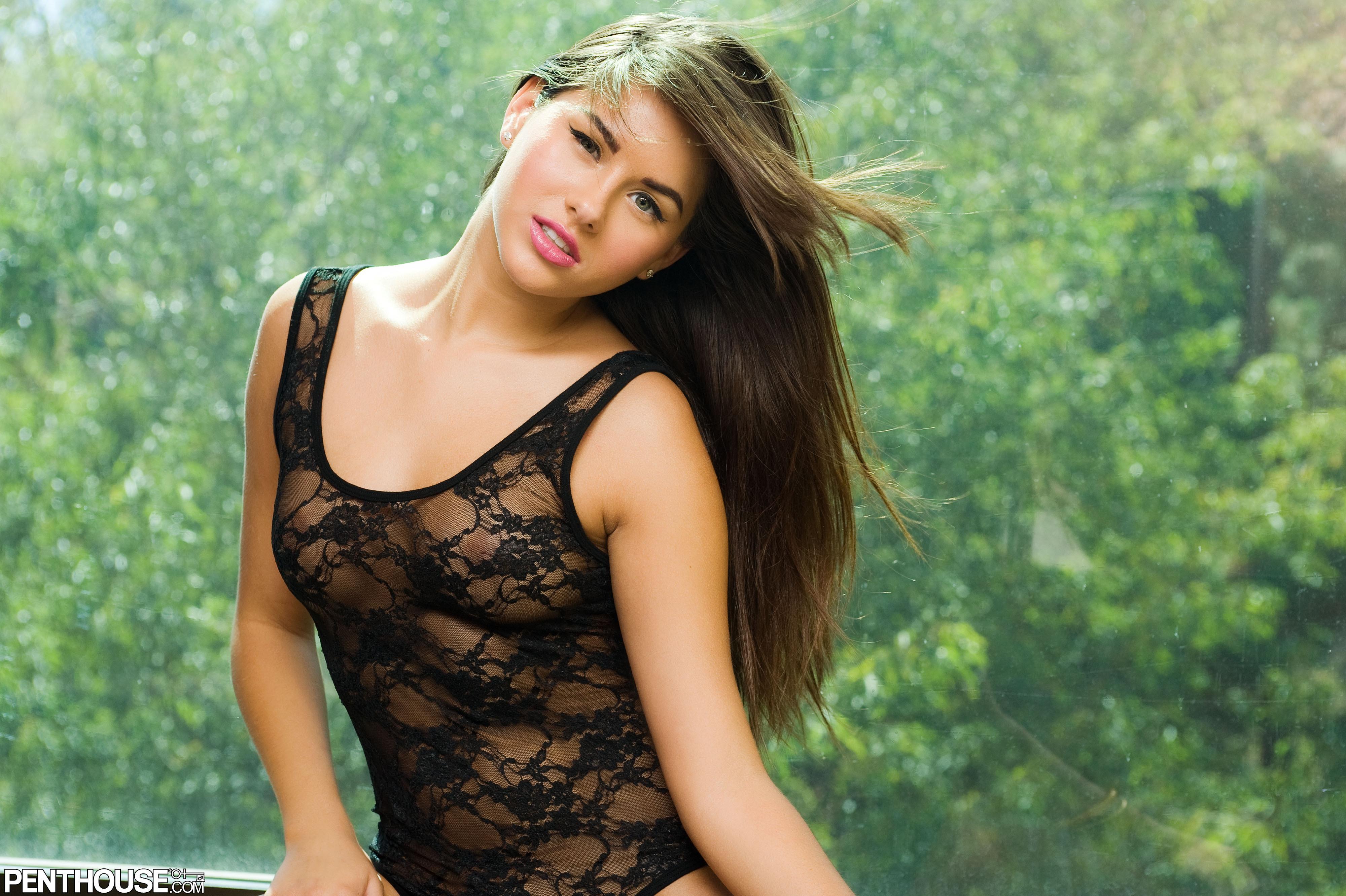 Charming brunette angel Shyla Jennings pulls down her bikini to show off body  53313