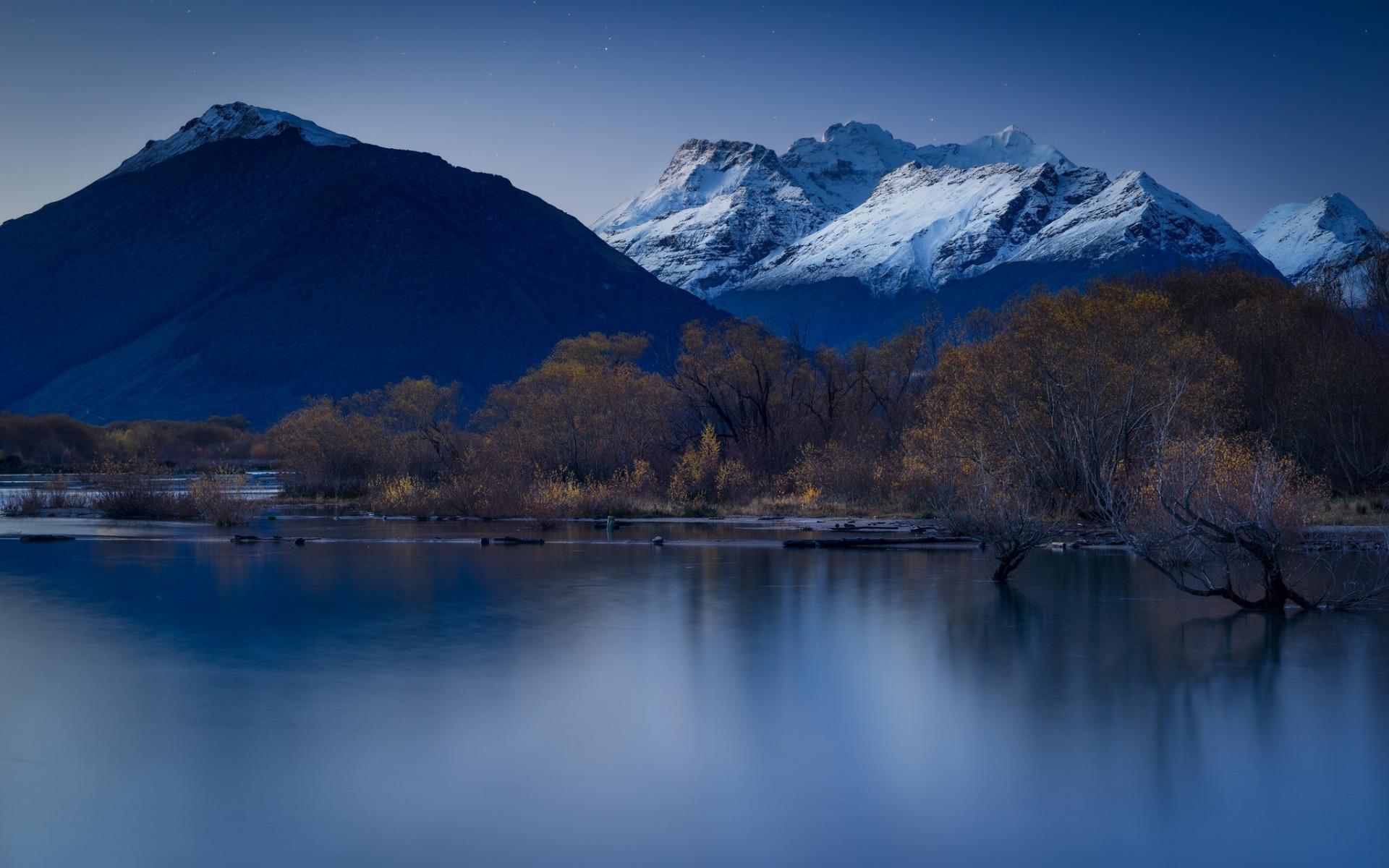 горы озеро деревья небо  № 3234839 загрузить