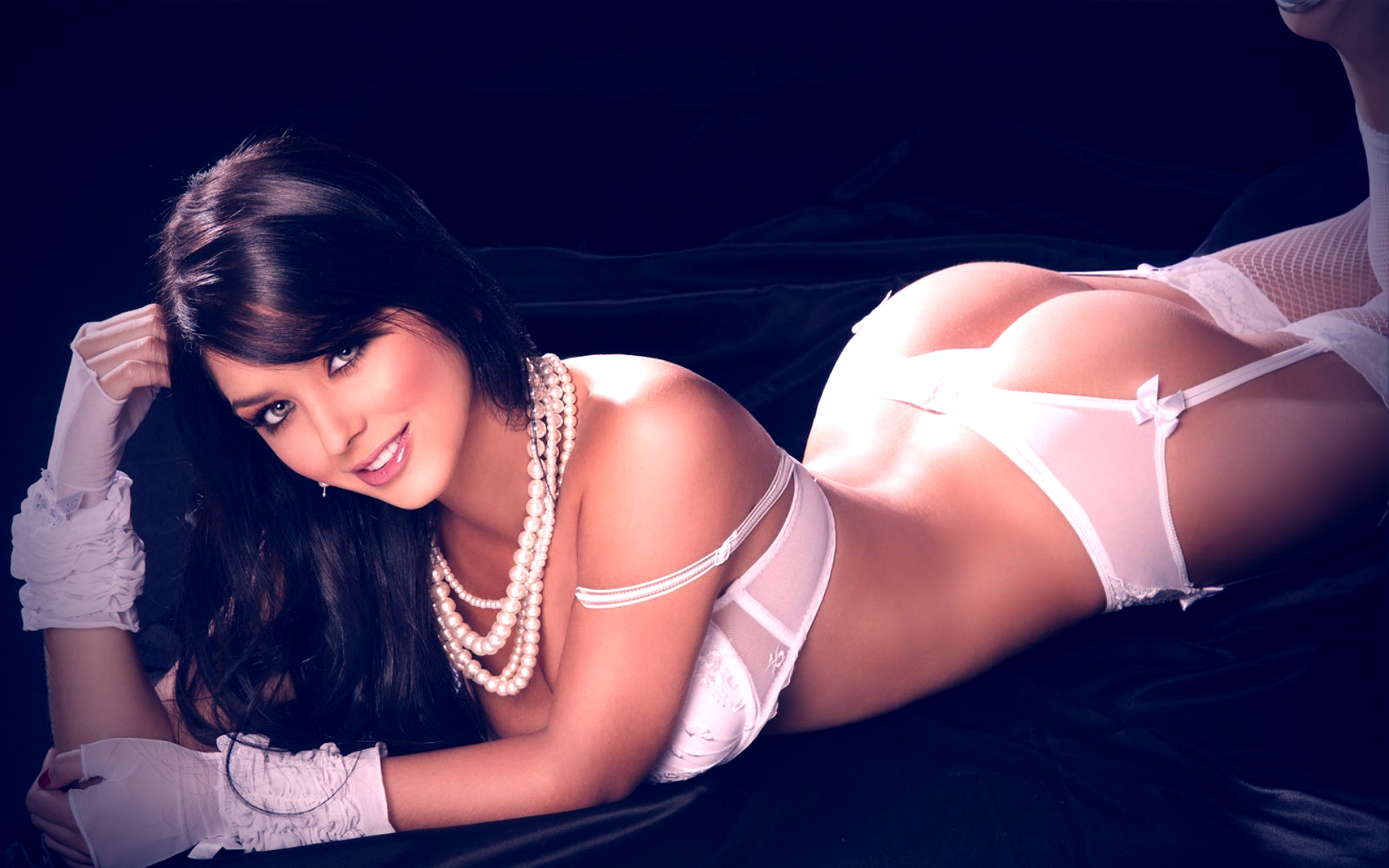 Sultry Spanish female Alexa Tomas is to hot to resist in white bra and panties № 1292216  скачать