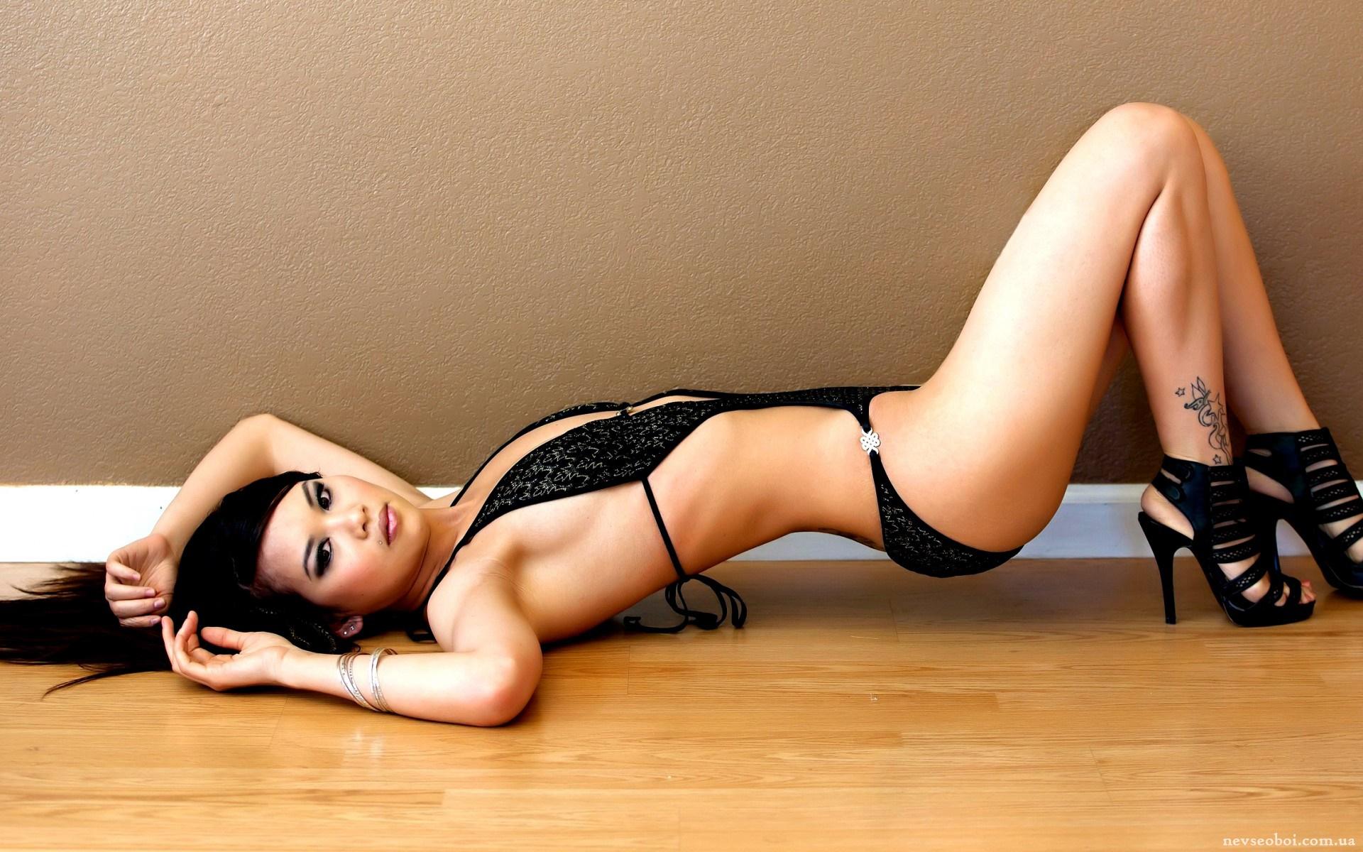 seksualnaya-aziatka-model