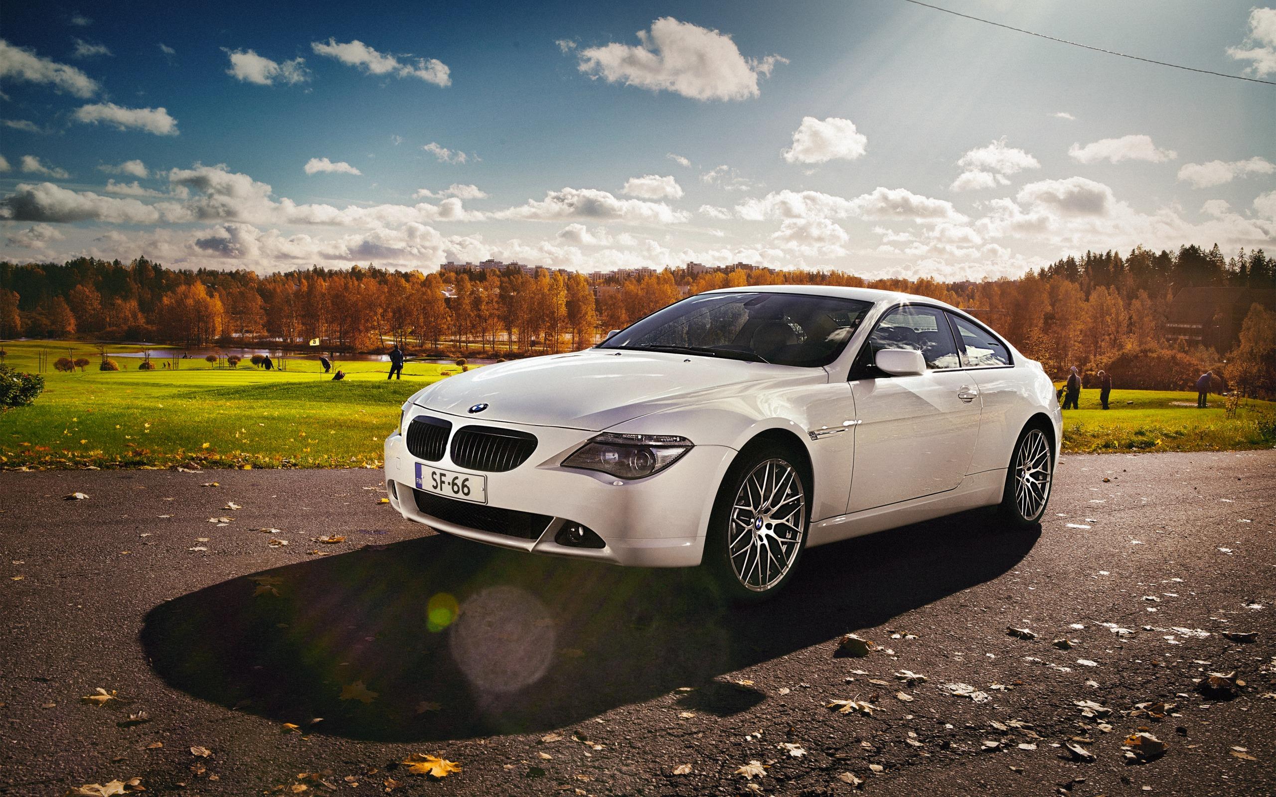 BMW M6 дорога осень  № 2445146 без смс