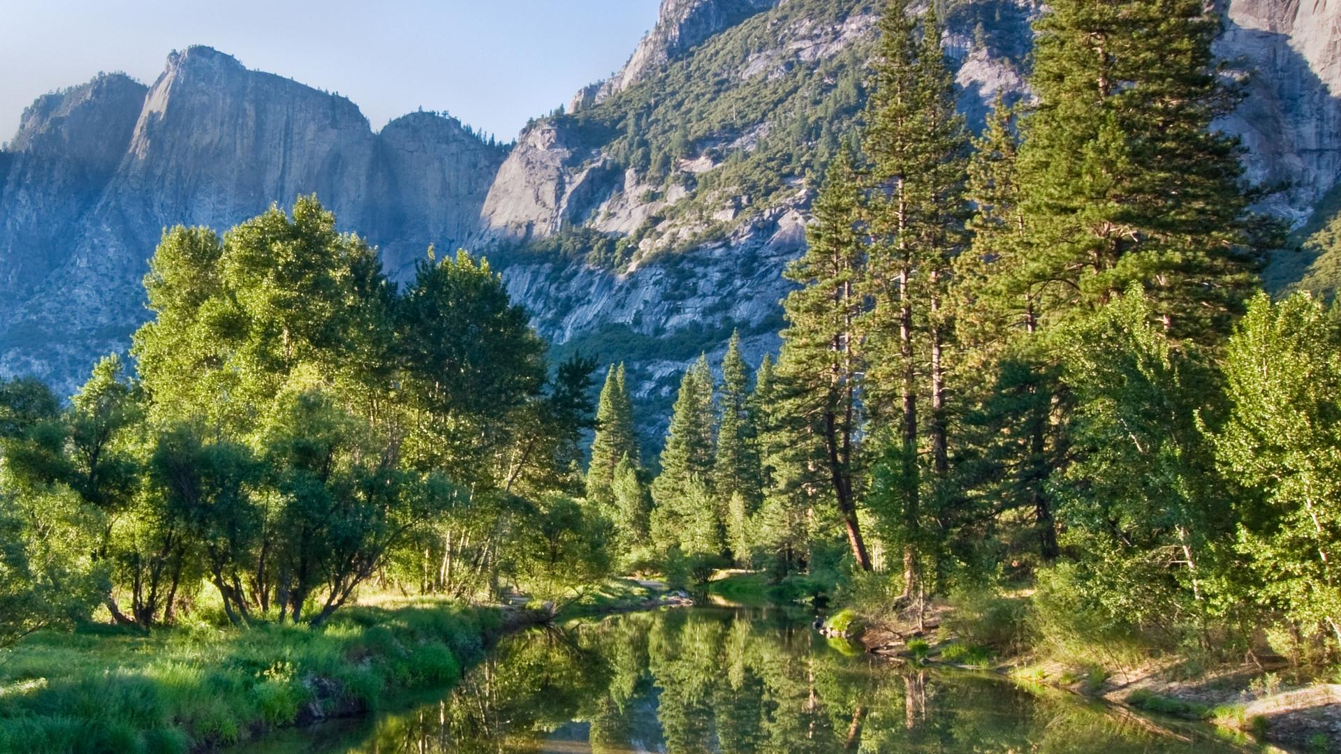 природа река отражение горы скалы деревья без смс