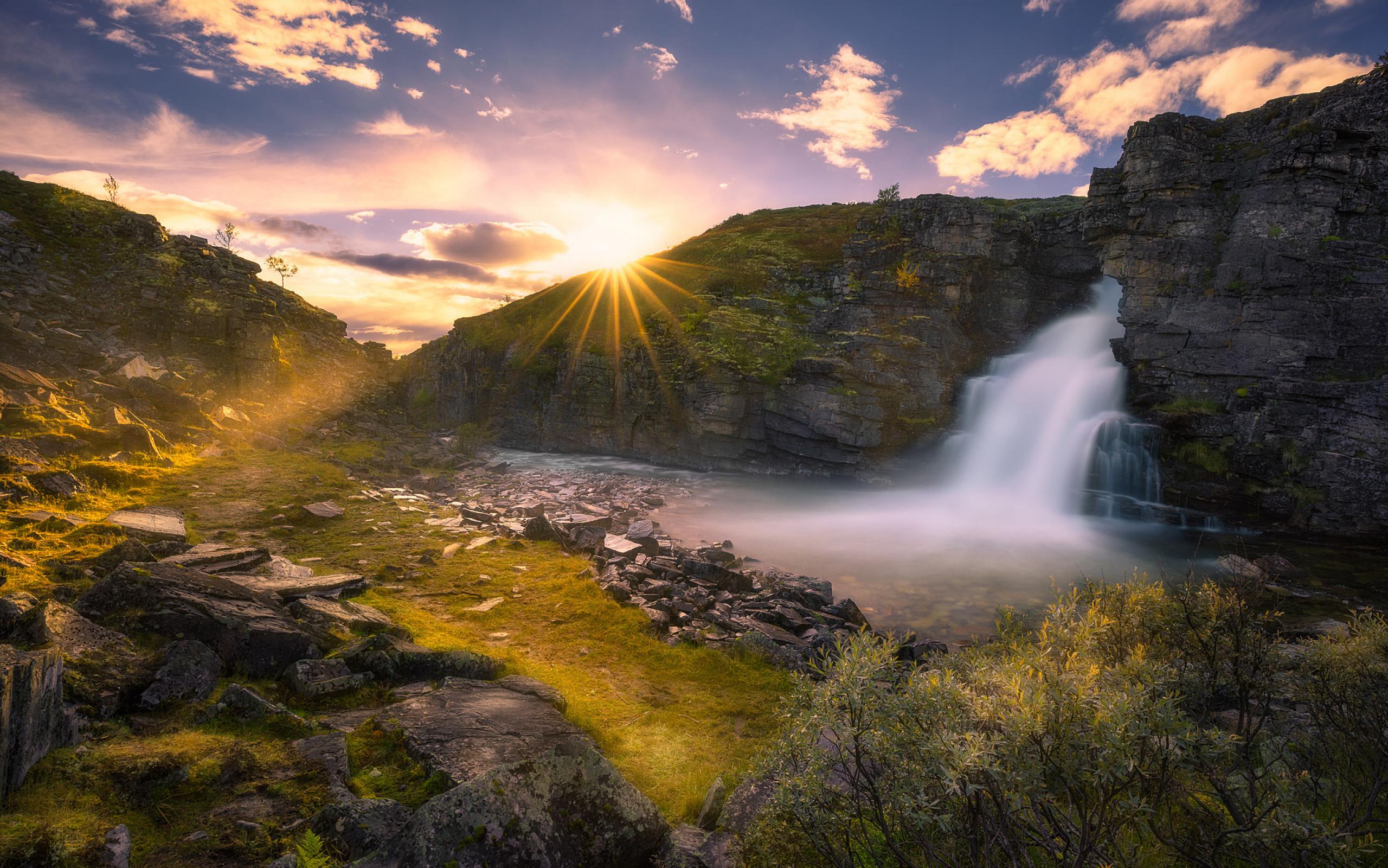 Водопад горы небо  № 5279 бесплатно
