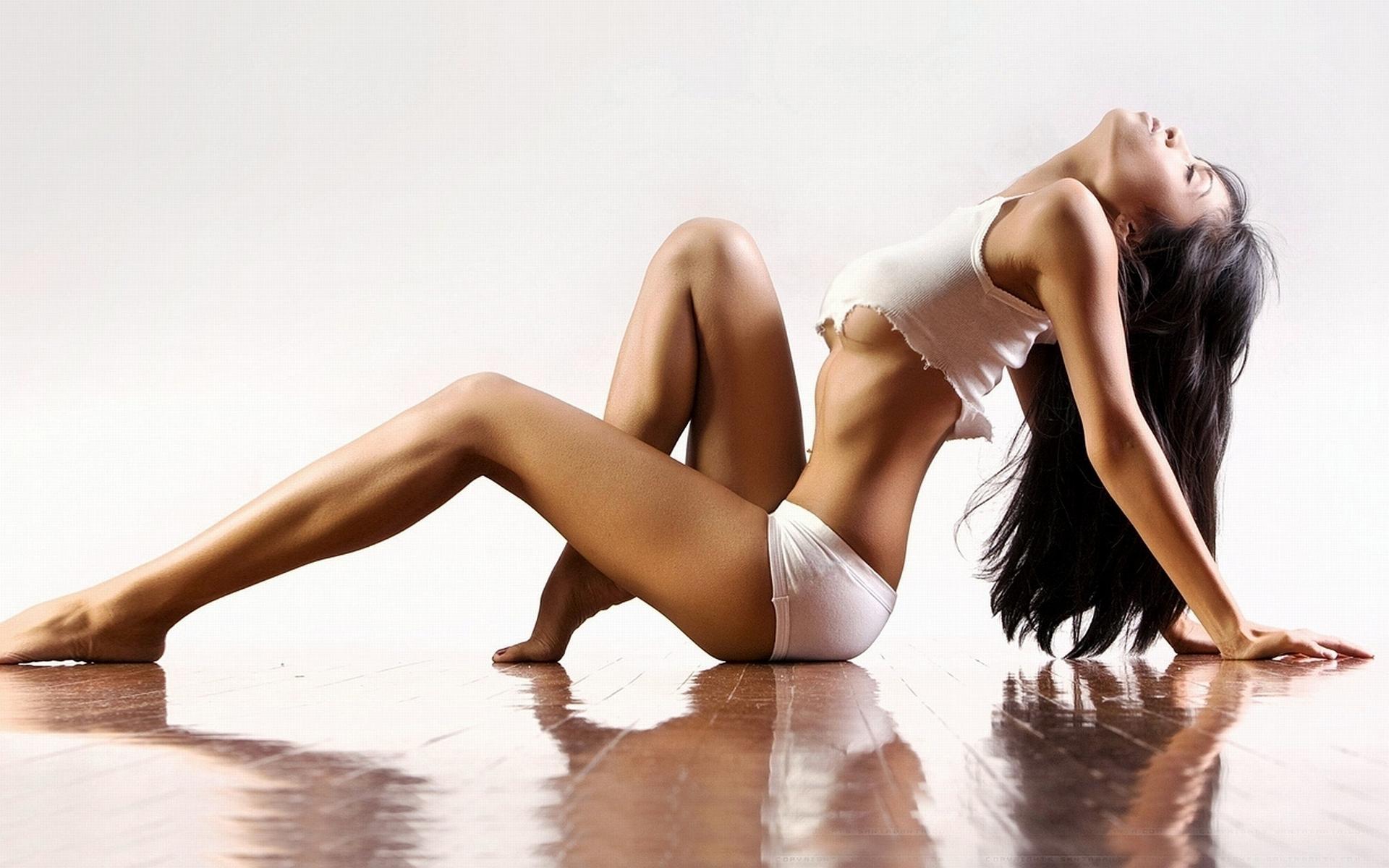 Сексапильные модели оголили идеальные тела  146751