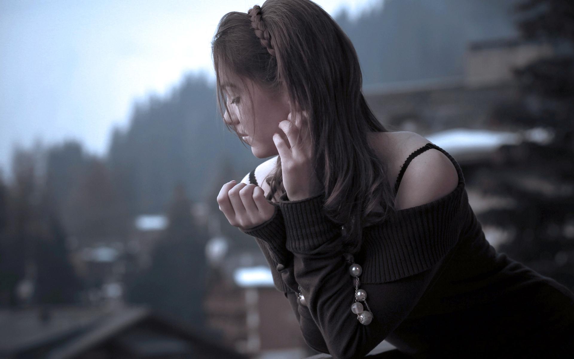 Картинки одинокой девушки