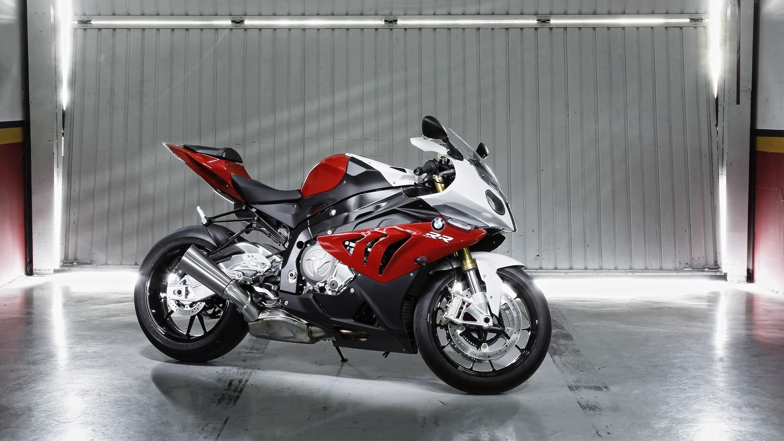 мотоцикл BMW спортбайк  № 1555692  скачать