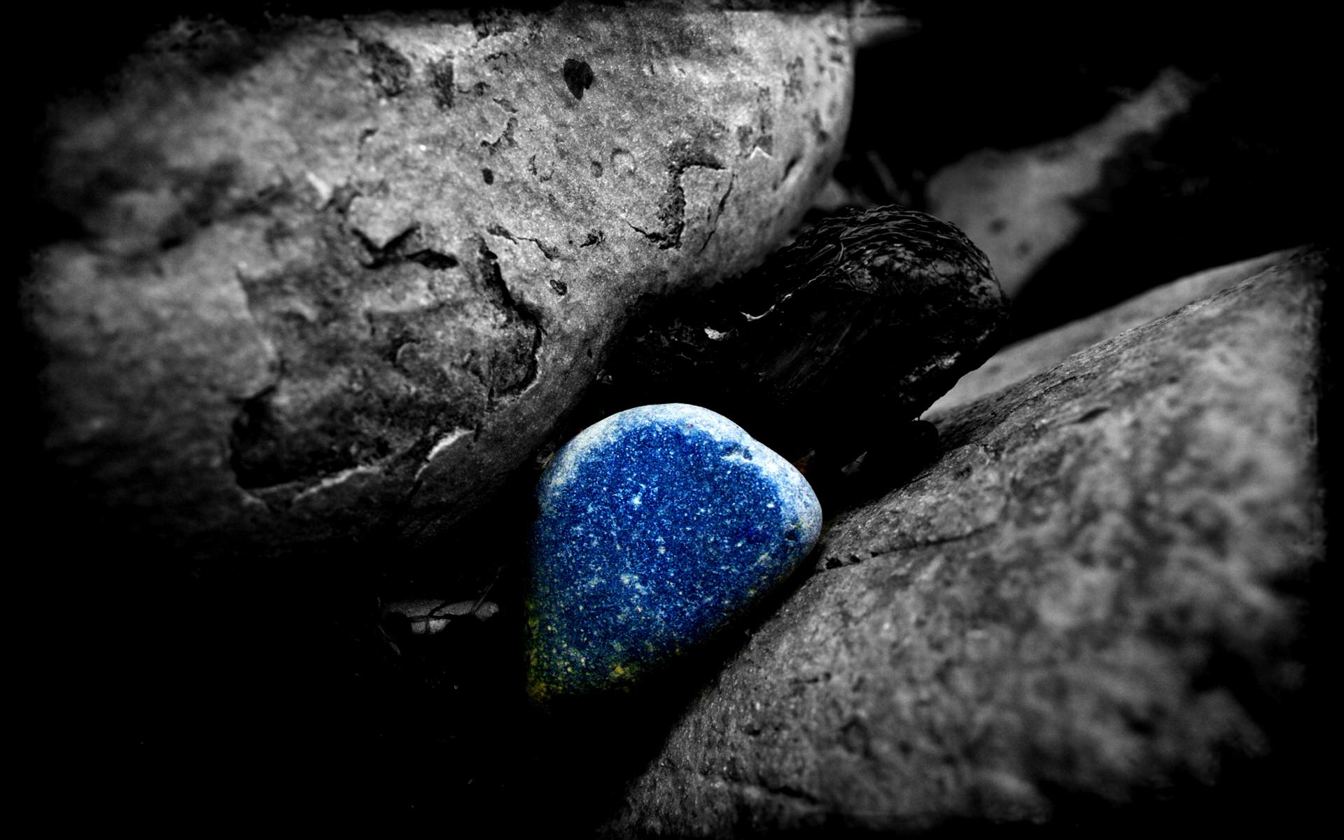 Гладкие черные камни бесплатно